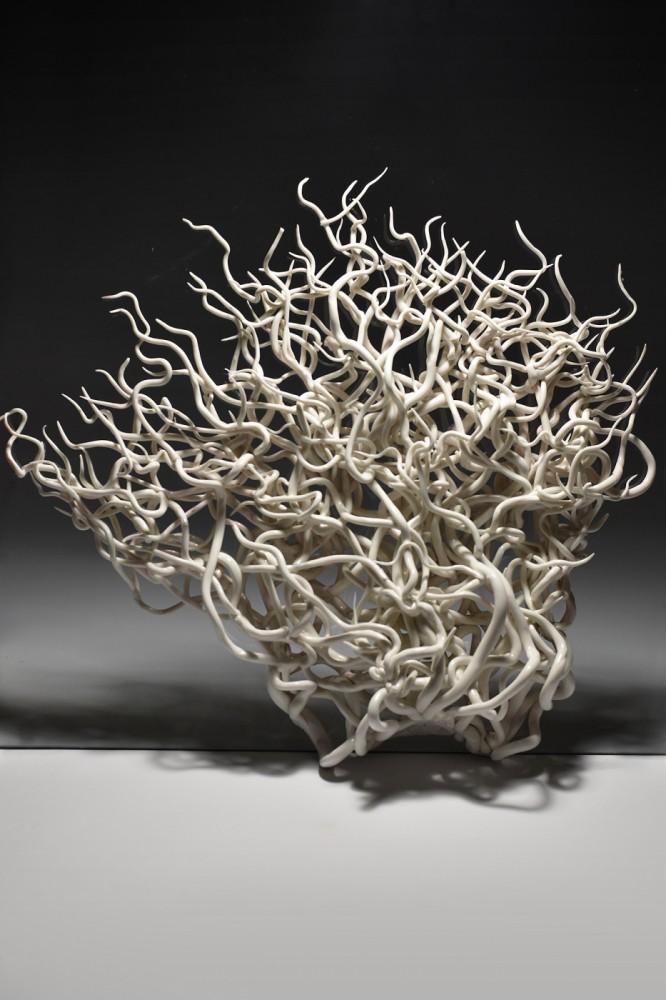 Drzewo z serii O próżnej sławie i ulotnym smaku truskawki lub poziomki
